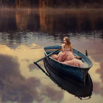 Фото Модель Анна в лодке, фотограф Ирина Джуль