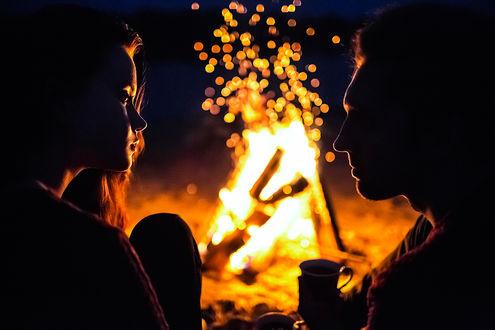Фото Романтическая ночь у костра, фотограф Денис Циомашко