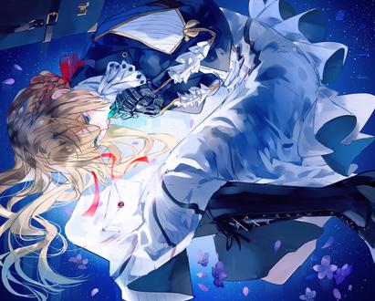 Фото Вайолет Эвергардэн / Violet Evergarden лежит на голубом фоне из одноименного аниме, by Syokumura