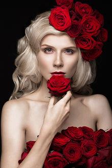 Фото Девушка с красными розами. Фотограф Nikita и Olga Kobrin