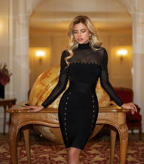 Фото Модель Nata Lee в черном платье, фотограф Sasha Cosmos