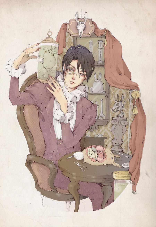 Фото Мужчина с моноклем, одетый в викторианском стиле, держит в руках колбу с заспиртованным кроликом-единорогом, сидя за столиком, на котором лежит препарированный кролик-единорог, art by Loputyn