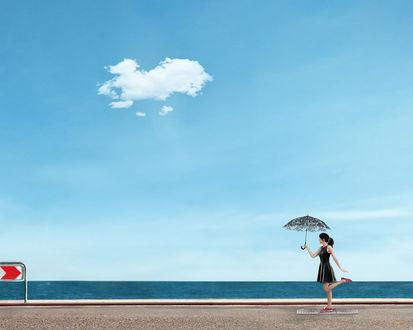 Фото Девушка с зонтом на фоне неба с облаком, by Sergey Fett / Фетт Сергей