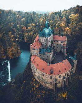 Фото Замок в Германии на фоне осенних деревьев, by marcelsiebert