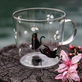 Фото Черные кошки в чашке