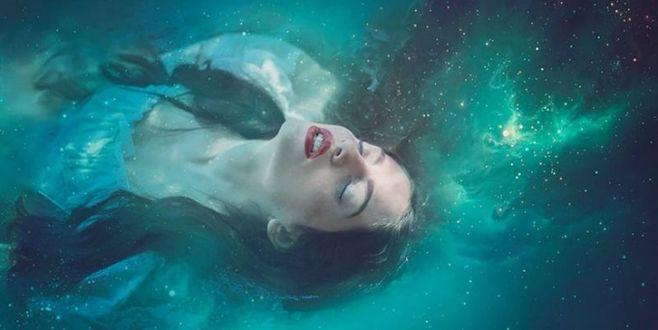 Фото Девушка и космос, фантазии от Ezo Oneir / Эзо Онэир