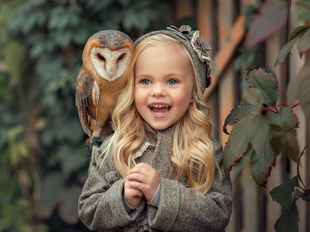 Фото Симпатичная девочка с совой. Фотограф Елена Михайлова