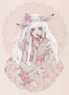 Фото Белокурая девушка с кроличьими ушками, одетая в викторианском стиле, откусывает ухо съедобного кролика, из которого капает похожий на кровь джем, art by Loputyn