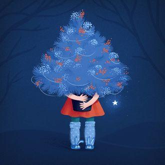 Фото Девочка держит в руках новогоднюю елку