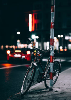 Фото Велосипед у дороги, by Daniel Hedquist