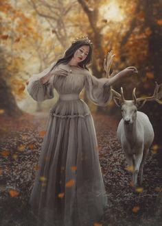 Фото Девушка в осеннем лесу рядом с ней стоит олень, by Neitin