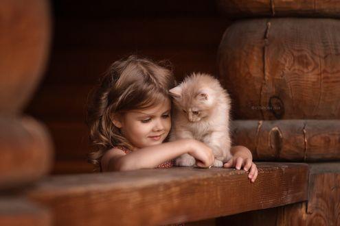 Фото Девочка с котенком. Фотограф Ольга Стырова