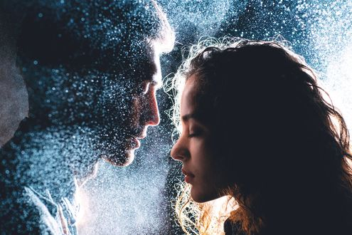 Фото Влюбленные с закрытыми глазами напротив друг друга, фотограф Александр Бондарь