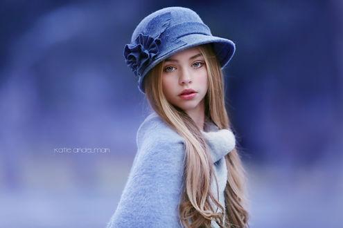 Фото Юная модель Jade Weber / Джейд Вебер в шляпке, ву Katie Andelman