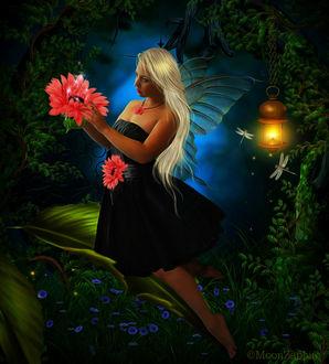 Фото Девушка - блондинка с длинными волосами и крылышками бабочки держит в руках розовую герберу, by Kat Zaphire