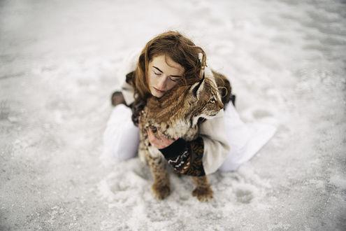 Фото Девушка с маленькой рысью, by Alexandra Bochkareva