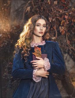 Фото Девушка с книгой в руках. Фотограф Margarita Kareva