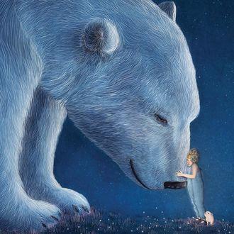 Фото Девочка обнимает белого медведя, иллюстратор Gabriella Barouch