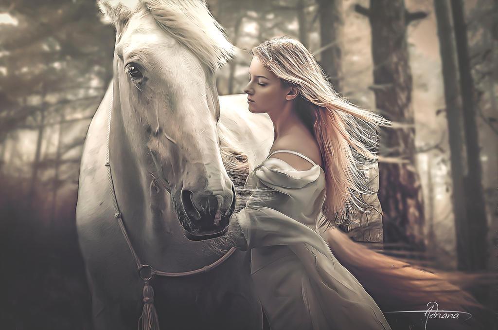 Фото Девушка стоит рядом с лошадью, by Adriana-Madrid