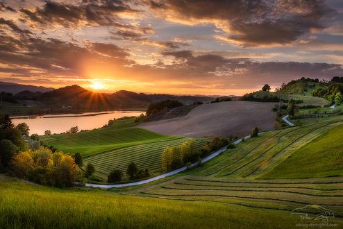 Фото Закат над озером Перника, Словения, by Peter Zajfrid