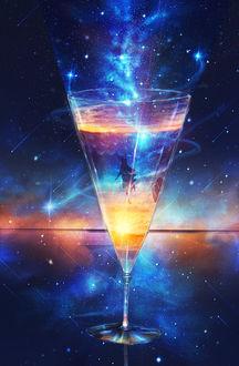Фото Девушка внутри стеклянного фужера, стоящего на зеркальной поверхности на фоне ночного неба и падающих звезд