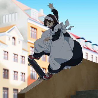 Фото Девочка в костюме горничной катается на скейтборде по городской улице