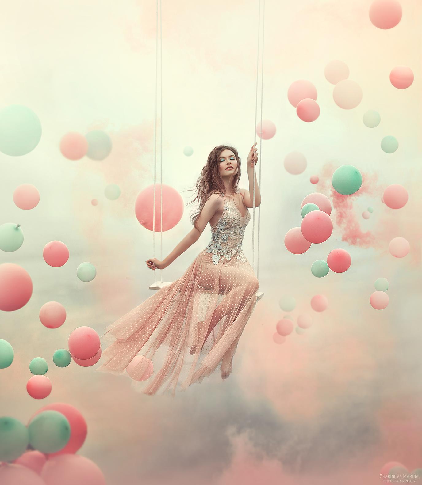Картинки девушек с шарами