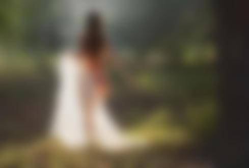 Фото Обнаженная девушка прикрыта полупрозрачной тканью. Фотограф Evgeny Loza