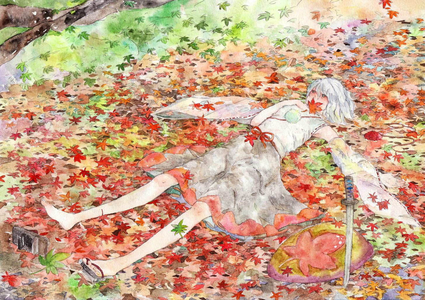 Фото Inubashiri Momiji / Инубашири Момидзи лежит на земле, усыпанной осеннимикленовыми листьями, из серии компьютерных игр Touhou Project / Проект Восток, by Konose
