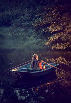 Фото Девушка в лодке, Фотограф Катрин Белоцерковская