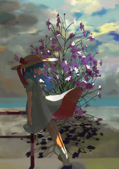 Фото Девочка в платье и шляпе стоит на фоне космеи