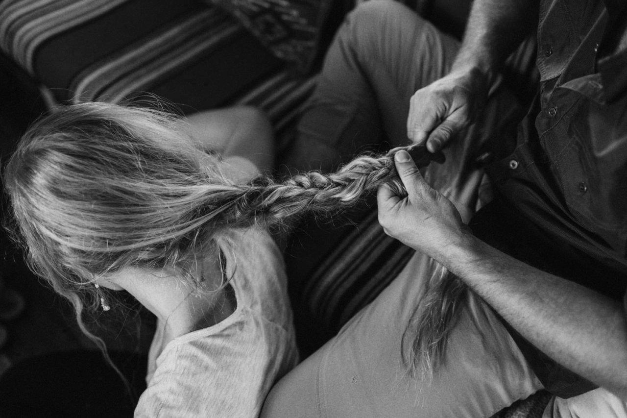 Kako oporaviti suve krajeve kose