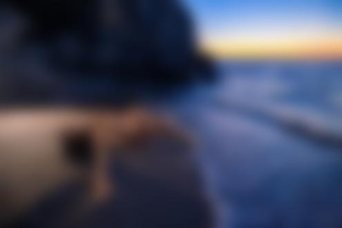 Фото Обнаженная девушка позирует у моря. Фотограф Леонид Мочульский