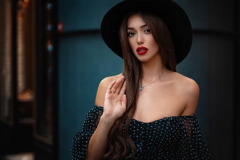Фото Модель Андреа в шляпе. Фотограф Анас Счастливый