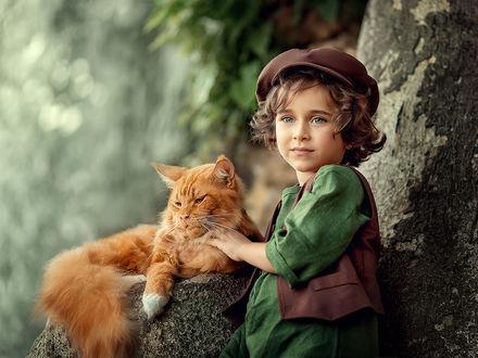 Фото Мальчик с рыжей кошкой. Фотограф Елена Михайлова