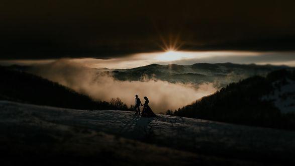 Фото Парень с девушкой на фоне природы. Фотограф Василь Поточний