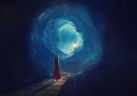 Фото Девушка стоит на мостике перед открывшимся порталом. Фотограф Sergii Vidov