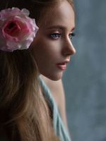 Фото Девочка с розой в волосах, by Татьяна Антошина