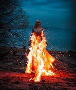 Фото Девушка в горящем платье, фотограф Светлана Беляева