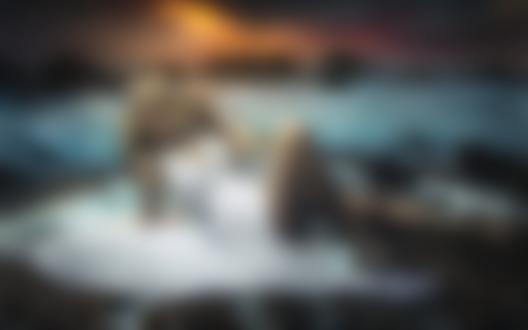 Фото Девушка в белом платье лежит у моря, by Fernando Cortеs