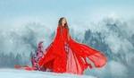 Фото Девушка в красном стоит на снегу, фотограф Татьяна Мышкина