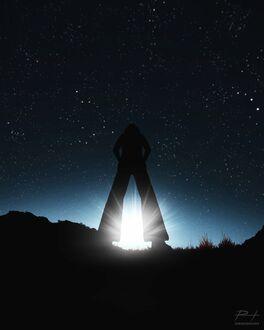 Фото Силуэт человека в лучах заходящего солнца, by ReedDrawsOnDA (© chucha), добавлено: 11.09.2021 08:11