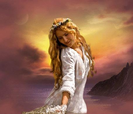 Анимация Рыжеволосая девушка в белом платье и с веночком на голове держит в руке букет цветов