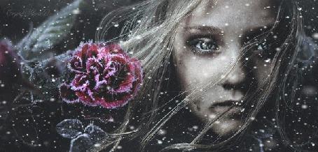 Анимация Лицо девочки, рядом роза в инее, идет снег