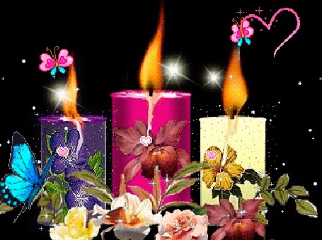 Анимация Три разноцветных горящих свечи