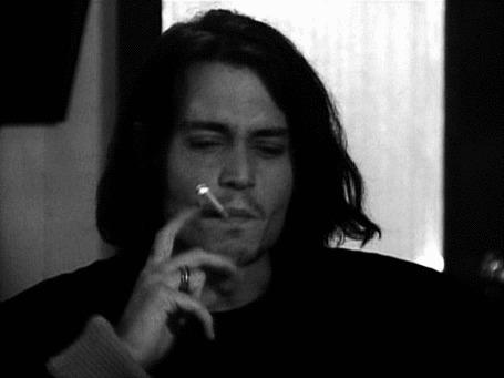Анимация Johnny Depp / Джонни Депп курит сигарету