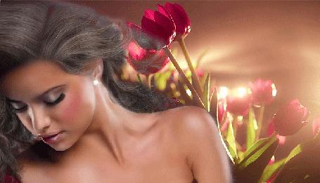 Анимация Девушка на фоне тюльпанов и летящих лепестков (© Angelique), добавлено: 07.03.2015 00:17