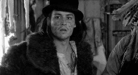 Анимация Джонни Депп / Johnny Depp c пистолетом в фильме Мертвец / Dead Man, 1995
