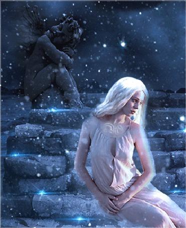 Анимация Девушка сидит у каменной лестницы, на которой возвышается скульптура спящего ангела (© Angelique), добавлено: 14.03.2015 00:56