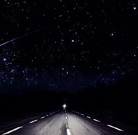 Анимация Дорога на фоне ночного звездного неба